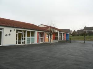Ecole maternelle des Erables à Dormans : la cour