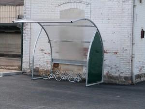 abris vélos du parking de la gare de Dormans