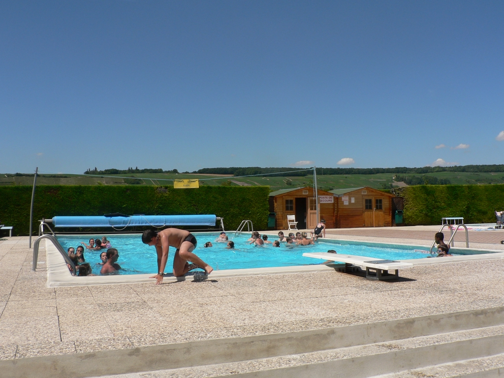 Piscine municipale for Bassin piscine