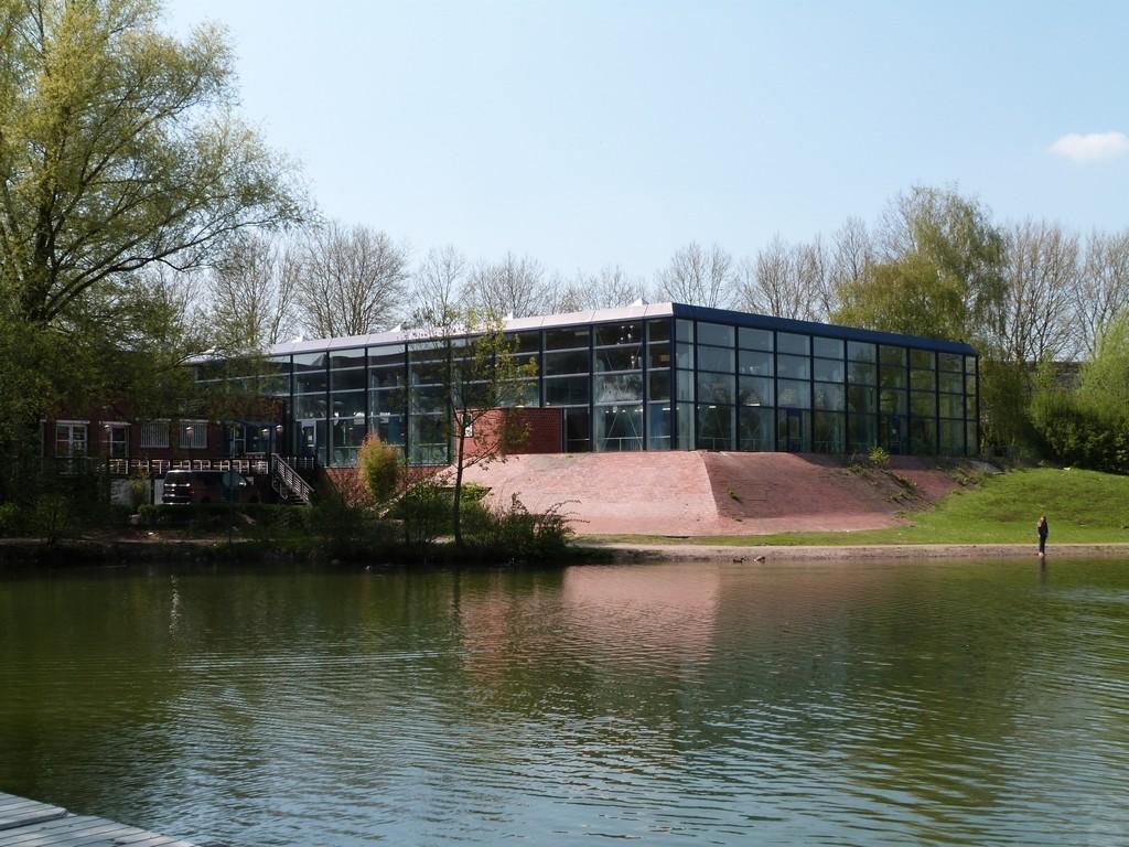 Lac proche de la piscine de Wulfen-Barkenberg, Dorsten