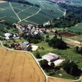 Vue aérienne de Vassy, hameau de Dormans