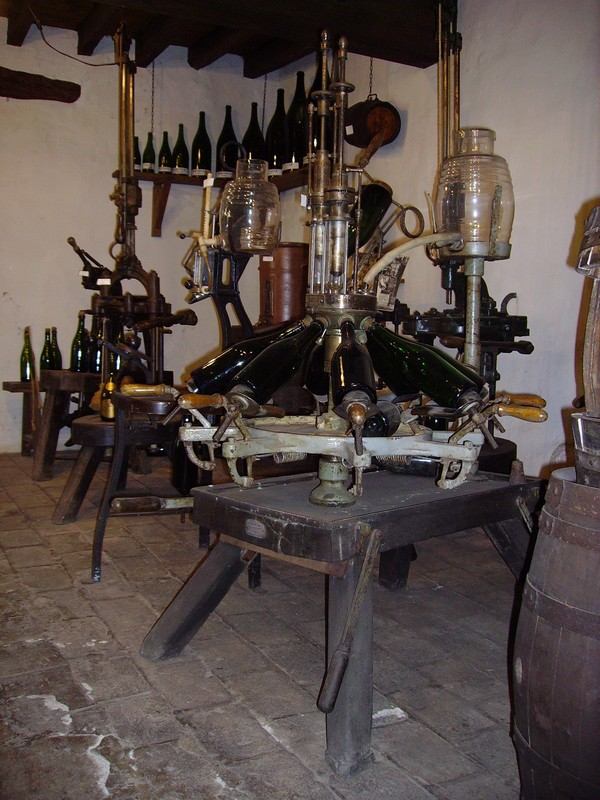 Moulin d'en haut : le travail de la vigne et du vin
