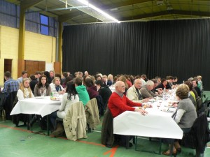 Un buffet froid a rassemblé les délégations au gymnase de Dormans