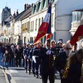 11 novembre 2014 - le défilé conduit par la musique municipale