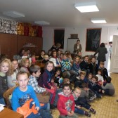 11 novembre 2014 - les enfants attentifs durant la projection du film