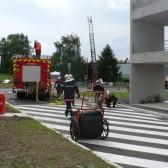 Centre de Secours de Dormans, journée porte ouverte du 12 juin 2010, une partie des secours s'occupe du feu