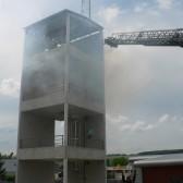 Centre de Secours de Dormans, journée porte ouverte du 12 juin 2010, la grande échelle entre en action