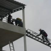 Centre de Secours de Dormans, journée porte ouverte du 12 juin 2010, Centre de Secours de Dormans, le bâtiment de 9 travéesjournée porte ouverte du 12 juin 2010, les pompiers rejoignent la