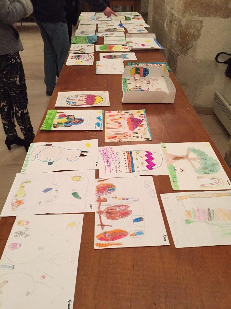75 dessins et seulement 20 à sélectionner pour l'animation de Pâques au marché de Dormans