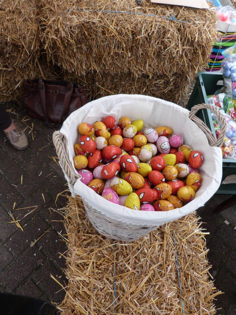Plus de 1000 oeufs distribués lors de l'animation de Pâques au marché de Dormans