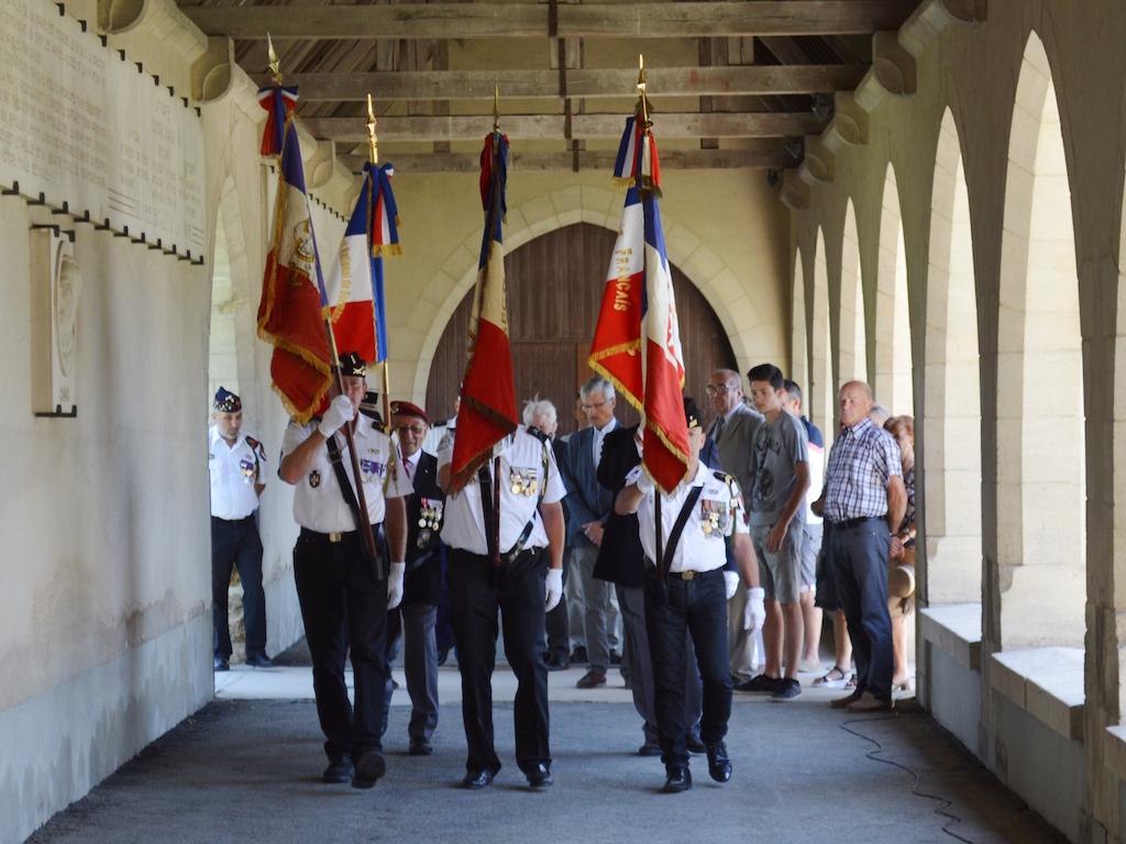 Rassemblement pour la cérémonie du 18 juin 2017 au Mémorial de Dormans