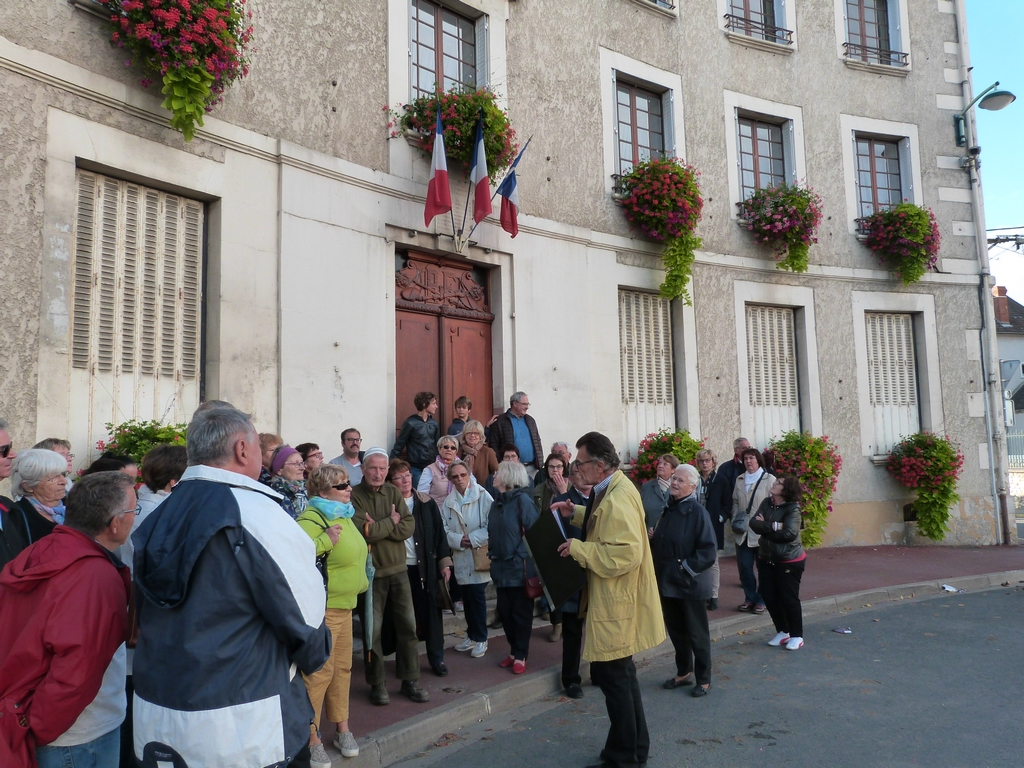 La mairie et son histoire, lors des Journées Européennes du patrimoine à Dormans lors des Journées Européennes du patrimoine à Dormans