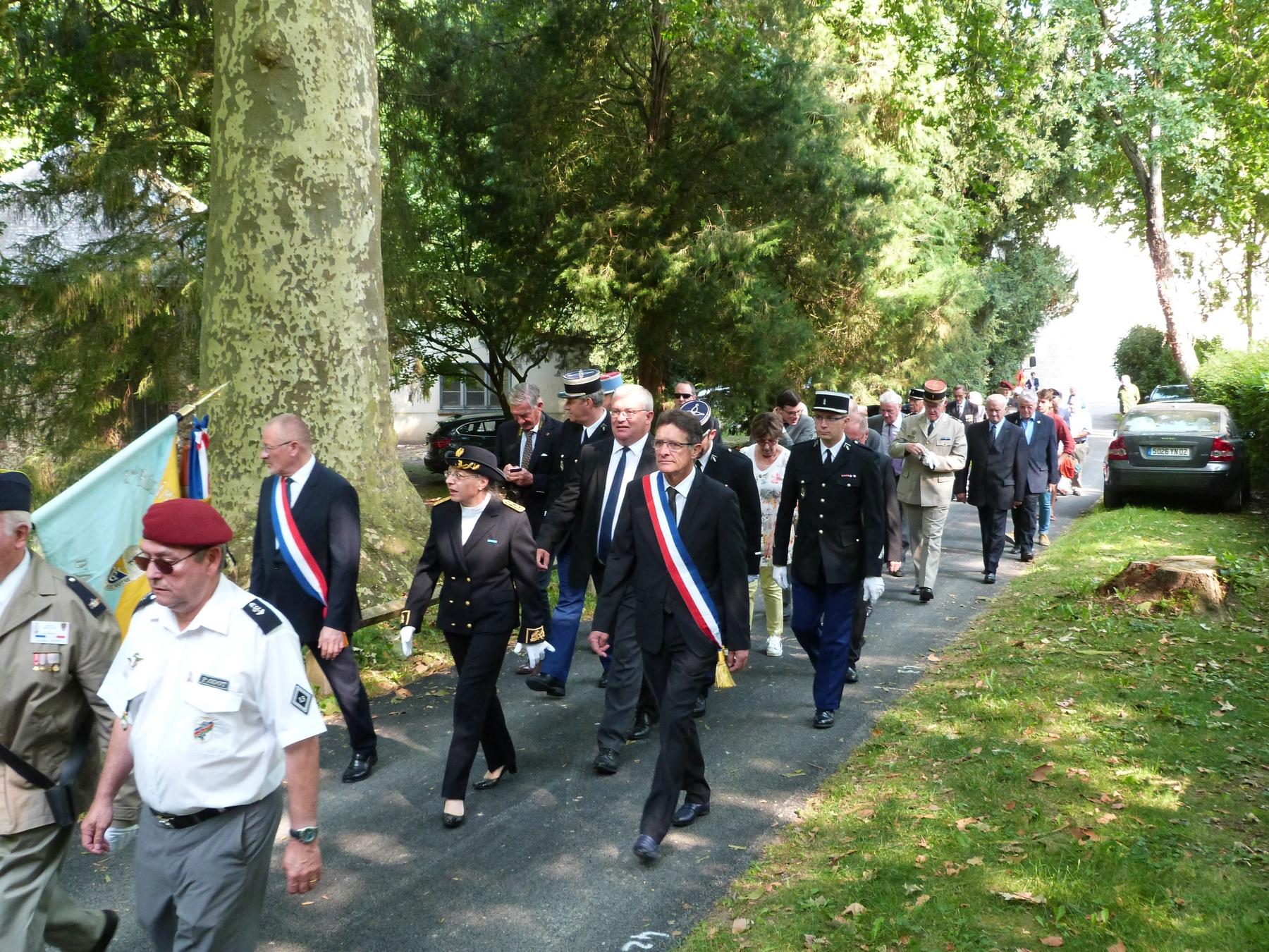 8 juillet 2018 Mémorial de Dormans le défilé dans le parc