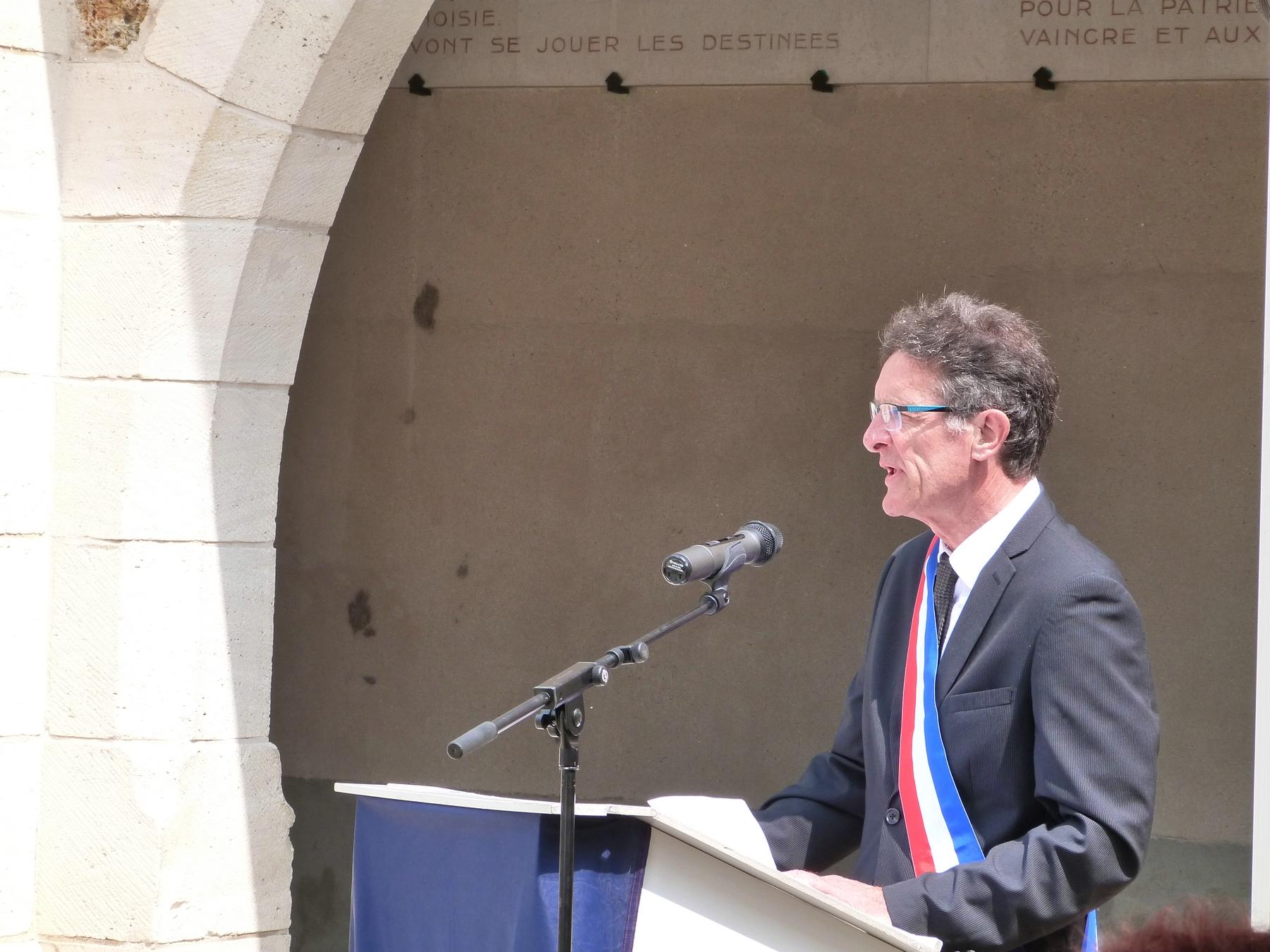 Michel Courteaux, maire de Dormans : 8 juillet 2018 Mémorial de Dormans