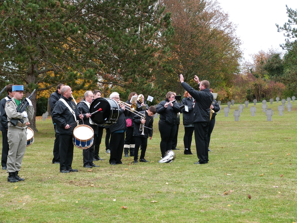 cérémonie au cimetières militaires de Dormans 11 novembre 2018